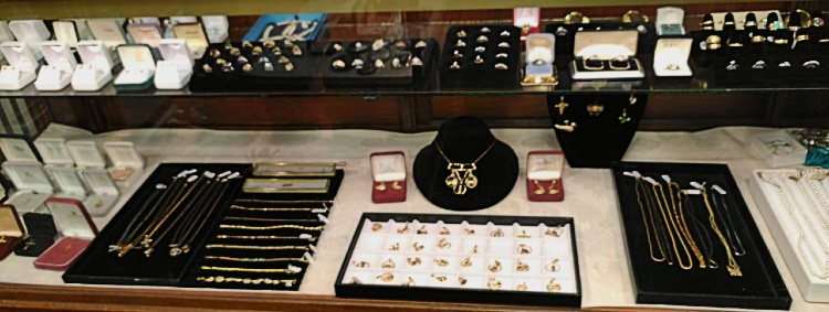 Jewelry for sale at Bank Gun and Pawn in Havre de Grace MD