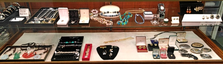 Jewelry at Bank Gun and Pawn in Havre de Grace MD